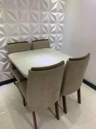 Mesa com cadeiras Perfeito Estado Parcelo