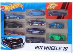 Kit Com 10 Carrinhos Hot Wheels/ Cartela Nova lacrada