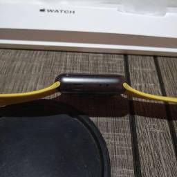 Título do anúncio: Apple watch série 3 42mm