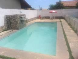 Alugo casa c/ piscina p/ finais de semana