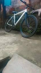 Título do anúncio: Bicicleta alumínio aro 26