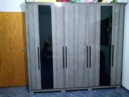 Guarda roupa 8 portas 4 gavetas sem marcas de uso
