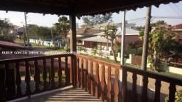 Casa duplex + Freezer de brinde em Cabo Frio, 225m2, 5 quartos, 2 suítes perto praia