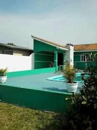 Casa com piscina na vila romana chapada.