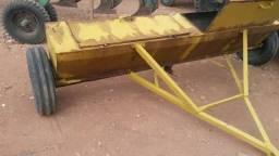 Distribuidor de calcário coxinho - Usado