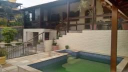 Casa - CURICICA - R$ 900.000,00