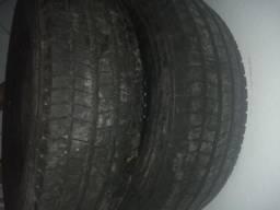 Vendo pneu para microônibus