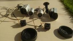 6 câmeras de monitoramento