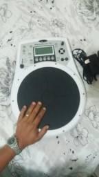 Percussão eletrônica Roland