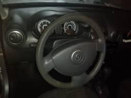 Renault Sandero - 2012