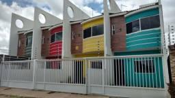 Vendo/Alugo em Garapu. Casa Duplex com 72m2