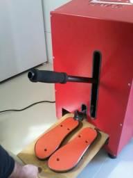 Máquina de chinelo