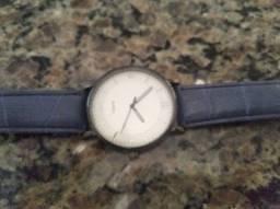 Vende-se esse relógio por R$20