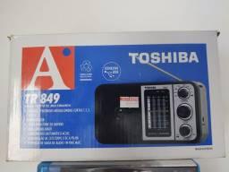 RADIO TOSHIBA 8 FAIXAS AM/FM E USB