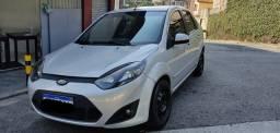 Fiesta sedan class 1.6 8v completo 2011