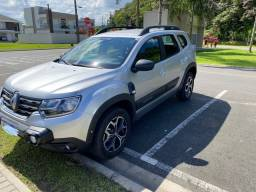 Renault Duster Iconic 2021 com 5000  km
