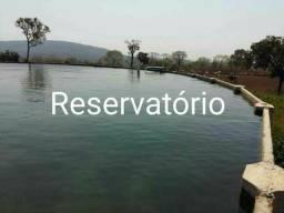 Reservatório/ bebedouro/ Cochos - Gado