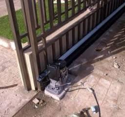 Manutenção de motores de portão