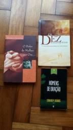 3 livros cristãos