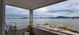 (La) Apto de 2 dormitórios com sacada  vista mar no Balneário do Estreito