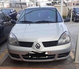Título do anúncio: Carro Renault