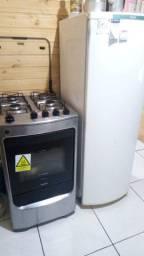 Vendo ou troco por uma geladeira