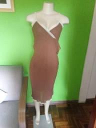 Título do anúncio: Vestido em Crepe Marrom - M/42