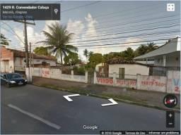 Terreno comercial em via principal com 2.400 m2, bairro do Poço