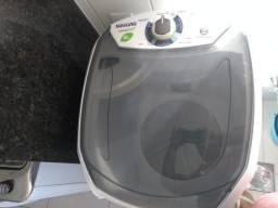 Máquina de lavar Suggar capacidade 10 kg praticamente nova na garantia
