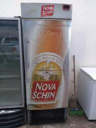 Cervejeira 4 caixas de cerveja vai ate menos 10 graus original motor e gas 999,34,34,20