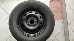 Jogo de rodas Ford R15 com pneu