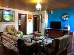 Sobrado, 4 dormitórios sendo 1 suíte, Serra Azul - Campos do Jordão/SP