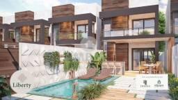 Casa em rua privativa no Eusébio com 3 suítes, entrada parcelada