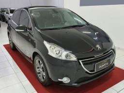 Peugeot 208 2014 1.6 Griffe Automático com Teto Panorâmico - Perfeito Estado - 2014