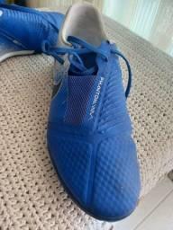 Chuteira Nike futsal phantom