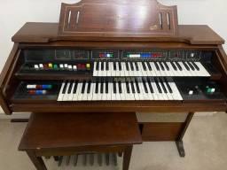 Órgão Spark SR-400