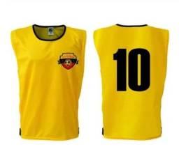 Kit com 10 coletes de futebol com nome + número + logo + brinde