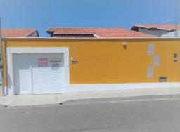 Casa nova no Residencial Atlantic II na estrada da Raposa, c/ 3 quartos, sendo 1 suíte.