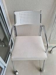 Título do anúncio: Cadeira de rodinhas para trabalho