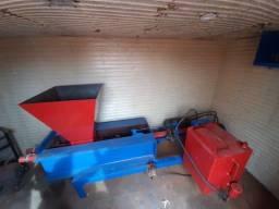 Título do anúncio: Máquina de Briquete (Lenha Ecológica)