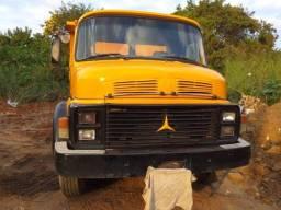 Título do anúncio: Vendo caminhão 1113 ano 1985  caçamba