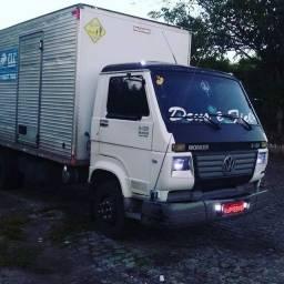 Vendo caminhão 8 120 ano 2008