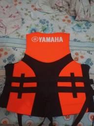 Título do anúncio: Colete neoprene Yamaha zero ideal para Jet barcos de pesca ou lazer