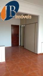 Apartamento - CENTRO - R$ 900,00