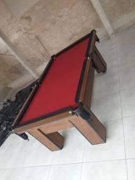 Mesa Charme Semi Oficial Cor Imbuia Tecido Vermelho e Borda Preta Mod. BSAE9825