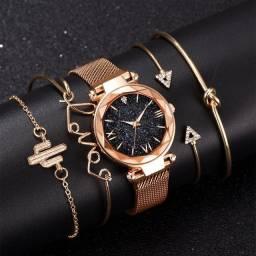 Conjunto De Relógio Feminino Luxo Com 4 Pulseiras Folheadas a ouro
