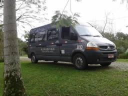 Van Renault master Executiva 15 passageiros - 2010