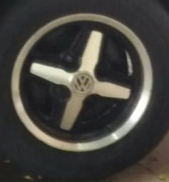Vendo jogo de rodas aro 14 modelo cruz de malta