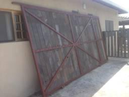 Portão madeira