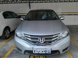 Honda City DX R$ 35.000,00 - 2013